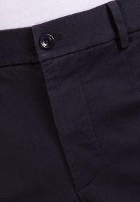 Filippa K - Pantalon classique - dark navy - 4