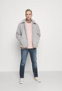 Nudie Jeans - LEAN DEAN - Relaxed fit jeans - blue denim - 1