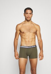 Tommy Hilfiger - TRUNK  3 PACK - Pants - green - 3