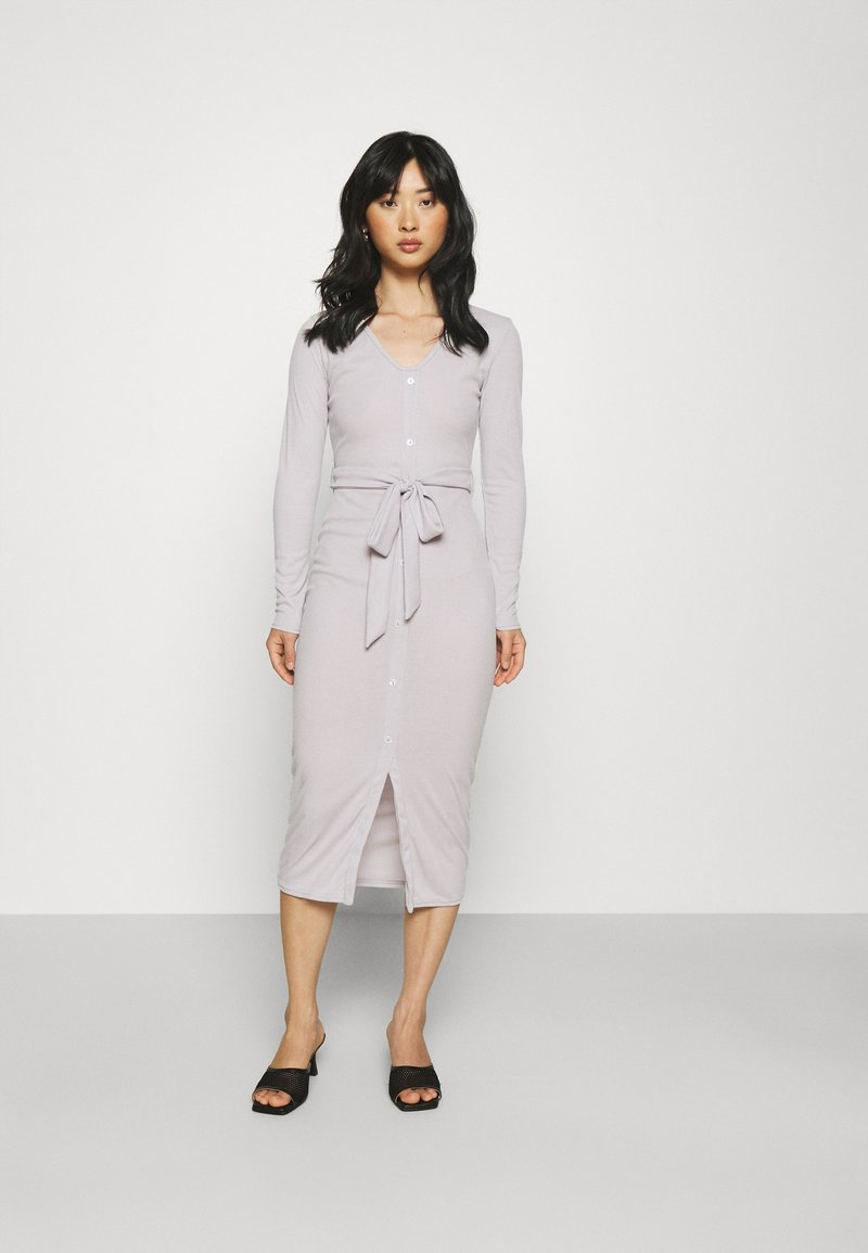 Missguided Petite - RIBBED BUTTON FRONT DRESS - Jumper dress - grey