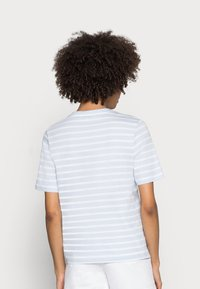 Tommy Hilfiger - REGULAR - Print T-shirt - blue - 2
