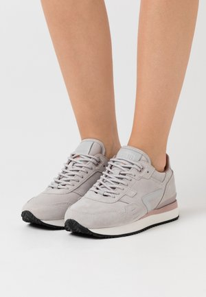 GAME - Baskets basses - neutralgrey/offwhite/black