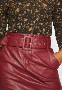 ONLY - ONLJESSIE SKIRT - Mini skirt - fired brick - 4