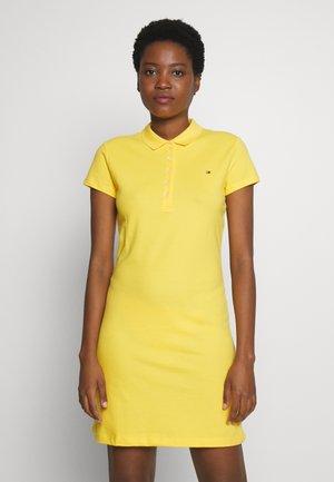 SLIM POLO DRESS - Robe d'été - sunny