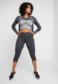 Cotton On Body - ACTIVE CORE CAPRI - 3/4 sports trousers - charcoaly - 1