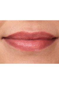 IsaDora - TWIST-UP GLOSS STICK - Lip gloss - beach peach - 3