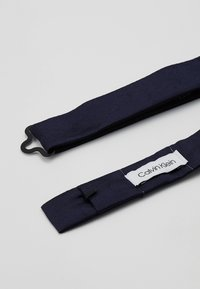 Calvin Klein - SOLID BOWTIE - Bow tie - blue - 2