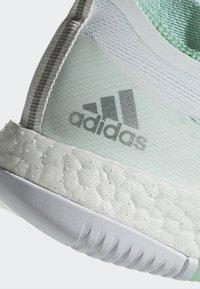 adidas Performance - CRAZYTRAIN ELITE - Treningssko - white, turquoise - 5