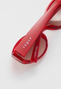 VOGUE Eyewear - SET - Sunglasses - red - 2