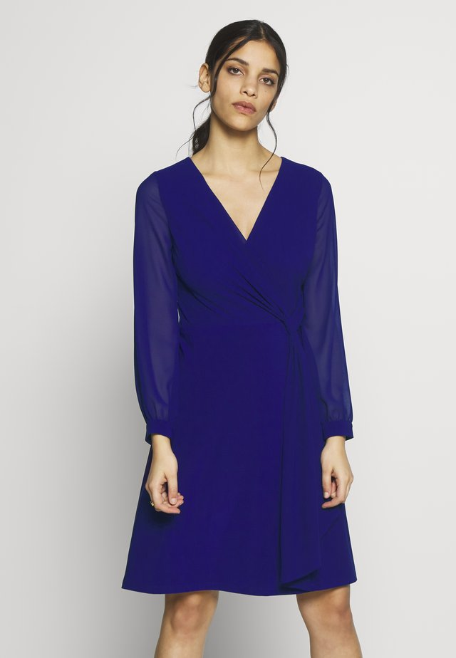 COOPER LONG SLEEVE DAY DRESS - Jerseykjole - cannes blue