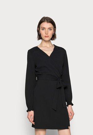WIOLA WRAP DRESS - Denní šaty - black deep