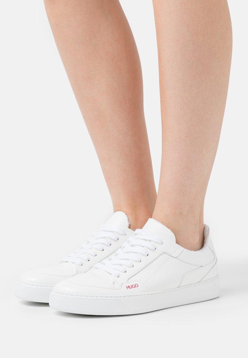 HUGO - VERA - Trainers - white