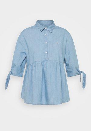 CHAMBRAY BOW SLEEVE - Button-down blouse - mid indigo
