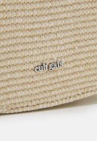 Cult Gaia - VOS CROSSBODY - Across body bag - cream - 5