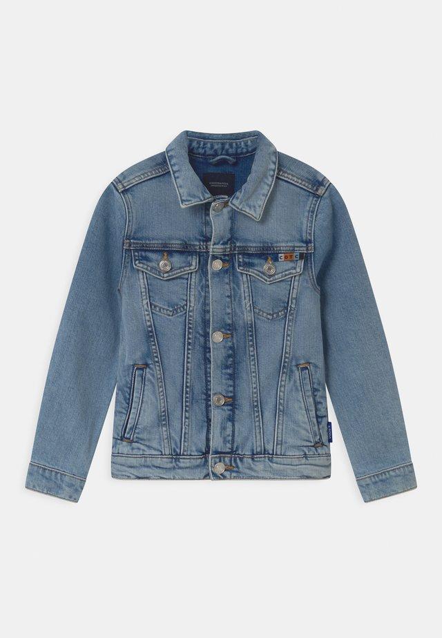 TRUCKER - Veste en jean - blue denim