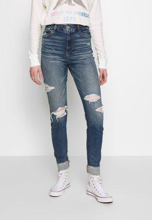 CURVY SUPER HI RISE  - Jeans Skinny Fit - destroy your blues