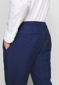 Tommy Hilfiger Tailored - PIECE WOOL BLEND SLIM SUIT - Garnitur - blue - 11