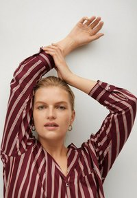 Violeta by Mango - RALLON - Button-down blouse - maroon - 3