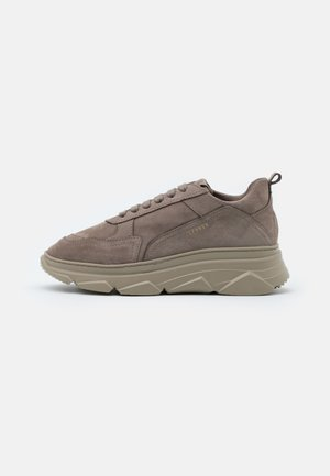 CPH40 - Trainers - taupe