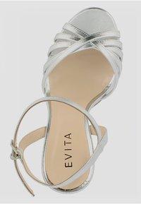 Evita - DAMEN SANDALETTE EVA - Sandalias de tacón - silver - 1