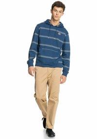 Quiksilver - HOOD - Sweatshirt - blue - 1