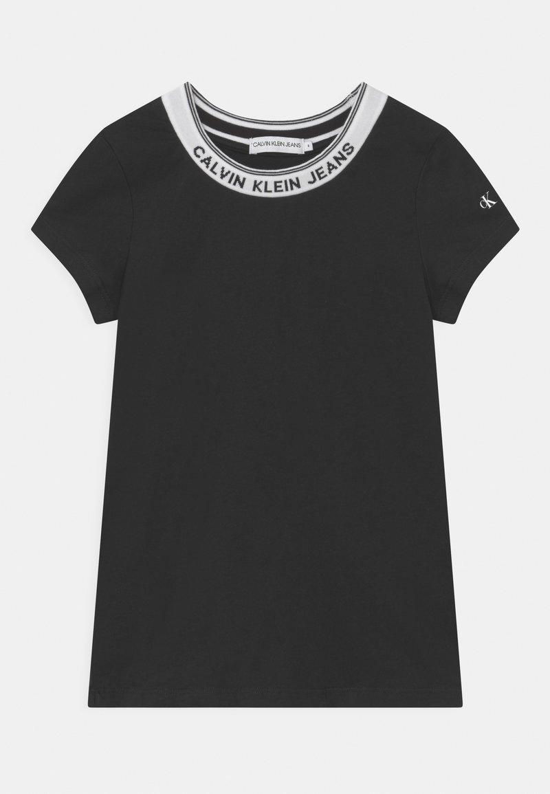 Calvin Klein Jeans - INTARSIA NECK LOGO  - Print T-shirt - black