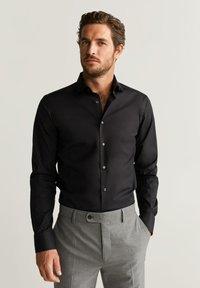 Mango - EMERITOL - Camicia elegante - black - 0