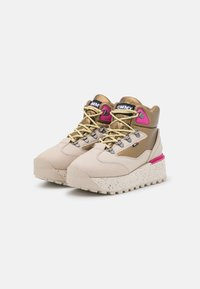 Tommy Jeans - HYBRID FLATFORM BOOT - Lace-up ankle boots - stony beige - 2