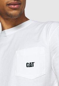 Caterpillar - BASIC POCKET CAT  - T-shirt basic - cream - 4