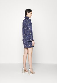 Never Fully Dressed - HIGH NECK MINI MOON AND STARS DRESS - Etui-jurk - navy multi - 2