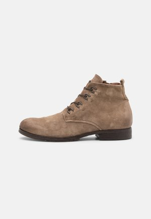 CLASH - Lace-up ankle boots - sigaro