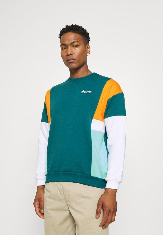 CREW UNISEX - Sweatshirt - green