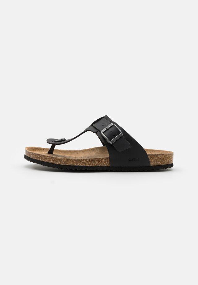 GHITA - Sandály s odděleným palcem - black
