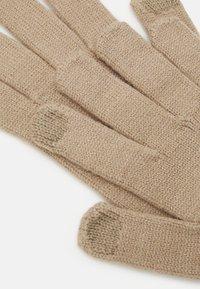 Pieces - PCCAROLA SMART GLOVES - Gloves - silver mink - 2