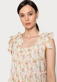 Love Copenhagen - MUNA LONG DRESS - Maxi dress - cherry flower mix - 3