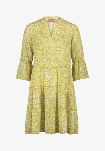 CASUA - Day dress - white/yellow
