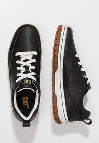 Cat Footwear - DECADE - Sznurowane obuwie sportowe - black - 1