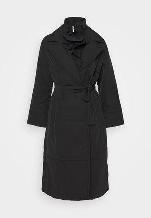 BOZEN - Kabát zprachového peří - nero
