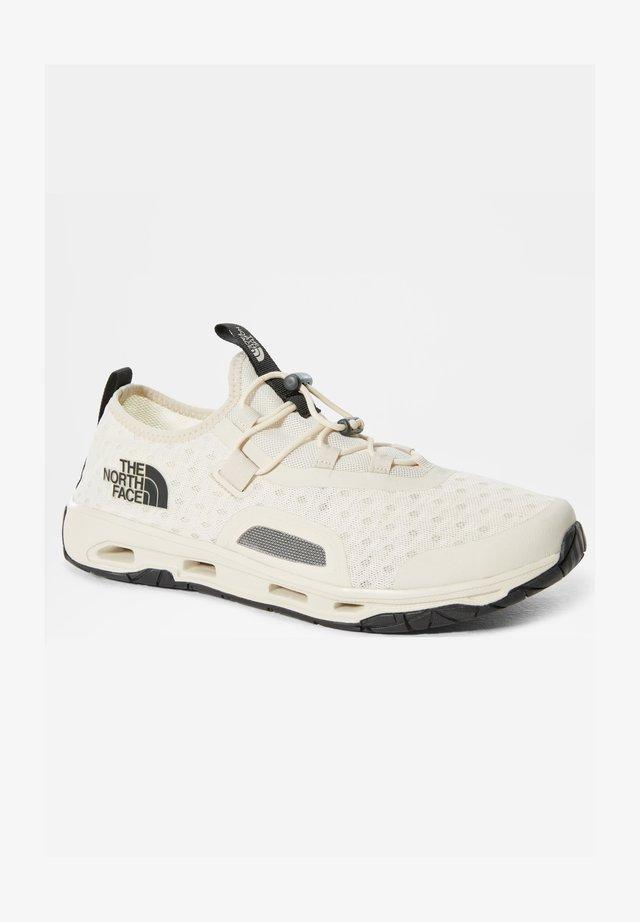 M SKAGIT WATER SHOE - Zapatillas - vintage white/tnf black