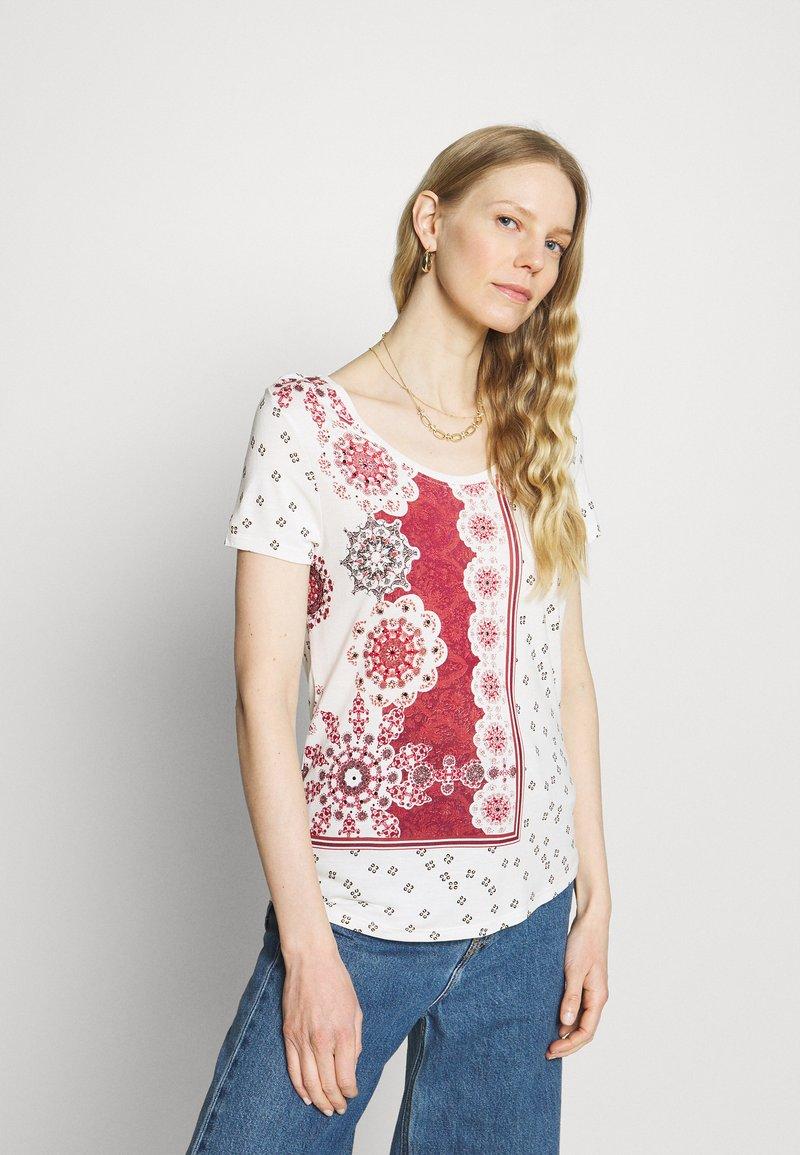 Desigual - ESTAMBUL - T-shirts med print - white