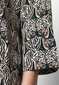 Monki - MOA RAGLAN - Shirt dress - multi-coloured - 5