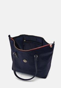 Tommy Hilfiger - POPPY TOTE - Shopping bag - blue - 2