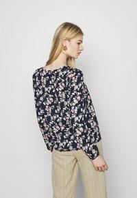 Vila - VIDOTTIES O NECK - Long sleeved top - navy blazer/ pink - 2