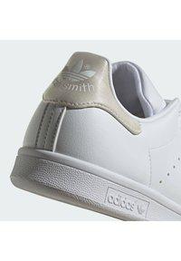 adidas Originals - STAN SMITH - Sneakers - white - 7