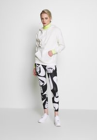 Nike Sportswear - Leggings - black - 1