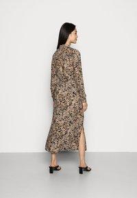 Vero Moda - VMUMA DRESS  - Vardagsklänning - black uma - 2