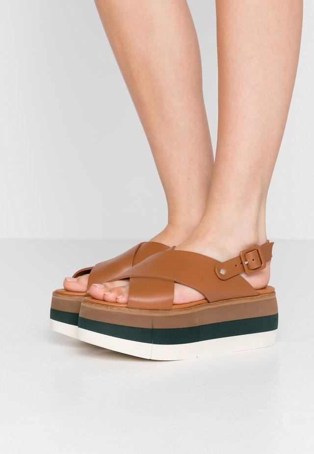 ECHO  - Korkeakorkoiset sandaalit - cognac
