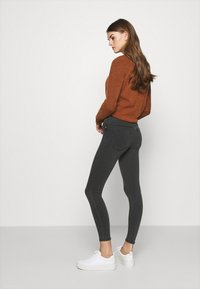 ONLY - ONLRAIN REG ETERNAL - Skinny džíny - grey denim - 2