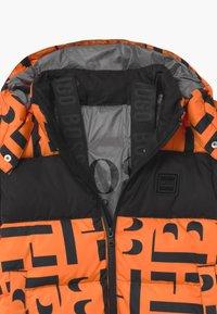 BOSS Kidswear - PUFFER - Zimní bunda - orange - 3