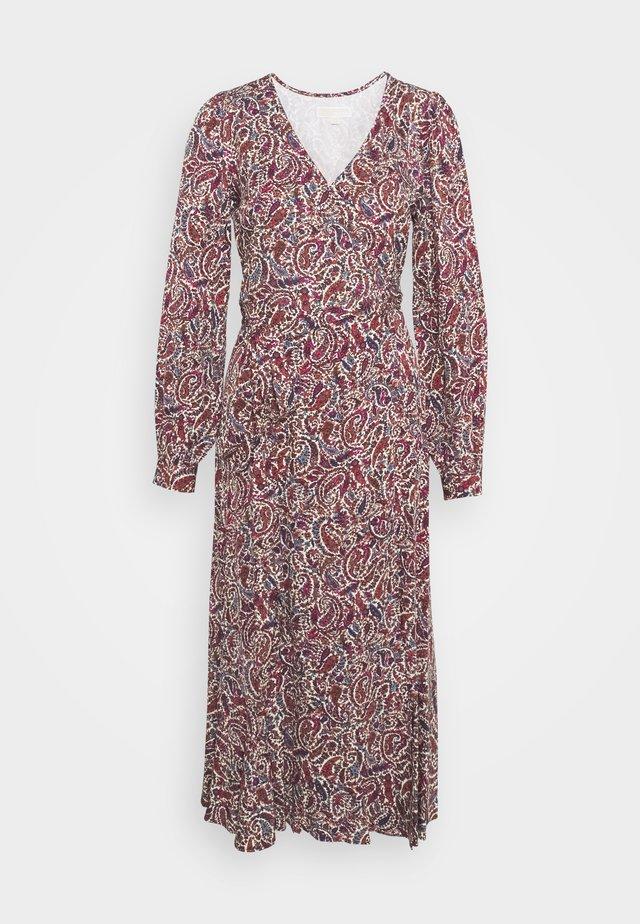 TIERED WRAP DRESS - Vestido informal - dark ruby